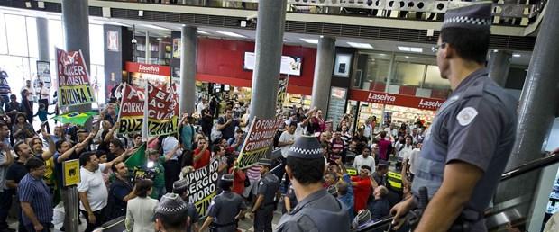 Brezilya'da greve giden askeri polislere af yok