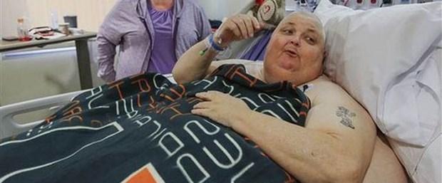 Karnından tam 59 kilo tümör alındı