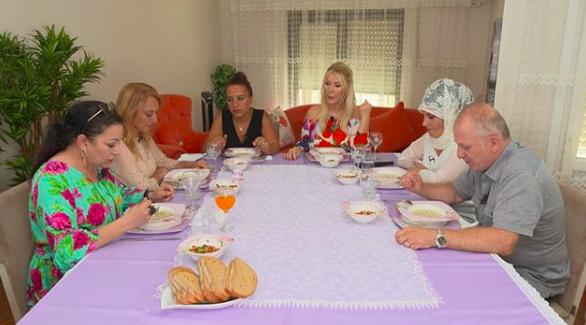 20 Ağustos 2019 Salı Yemekteyiz Arzu hanım kaç puan aldı?