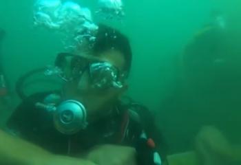 Zafer Haftası Etkinlikleri kapsamında İstanbul Boğazı'nda tüplü dalış yaptı